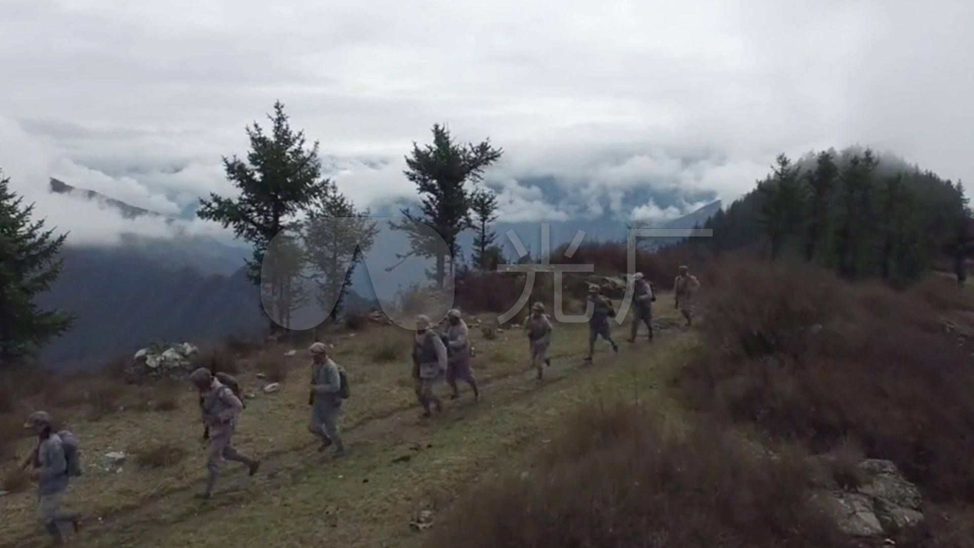 过草地视频工农红军两万五千里长征_1920X1雪山搞笑啦图片