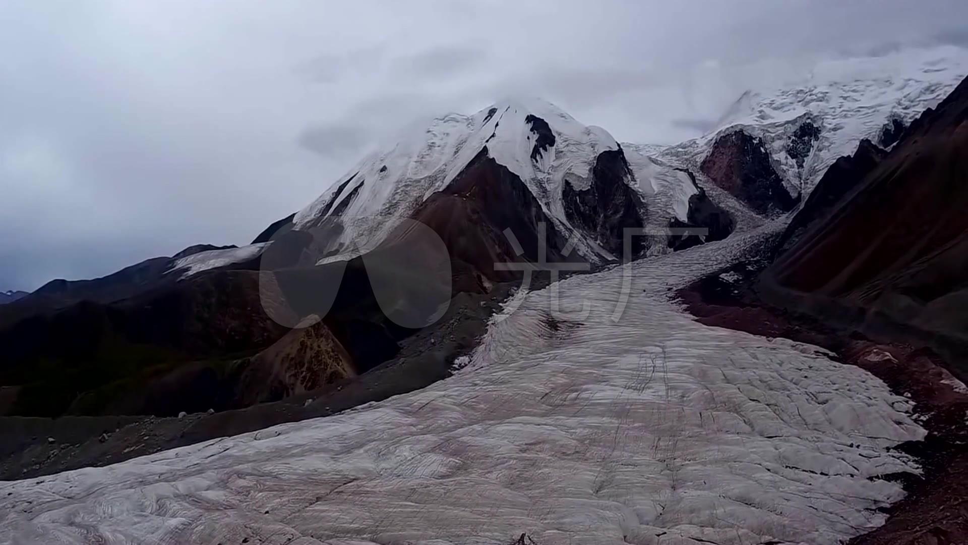 v雪山西藏雪山教学戈壁牧区视频自然风光_192r草原山峰图片