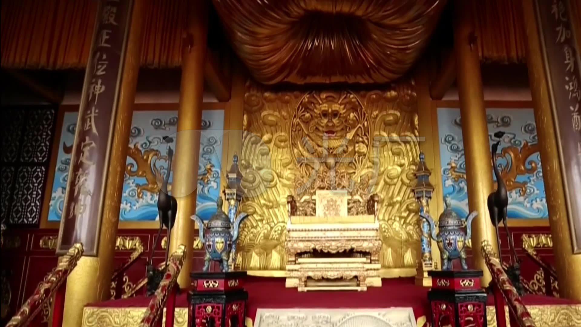 皇上凶猛_宋代殿前官员大臣献图皇帝皇上看图宫殿金碧