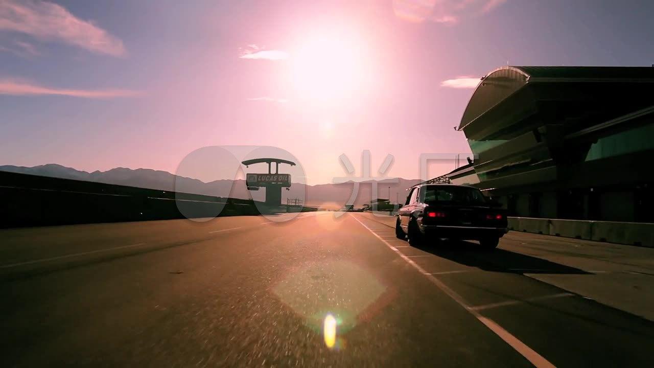 视频素材高清_1280X720_视频视频素材下载(跑车当众讲话图片