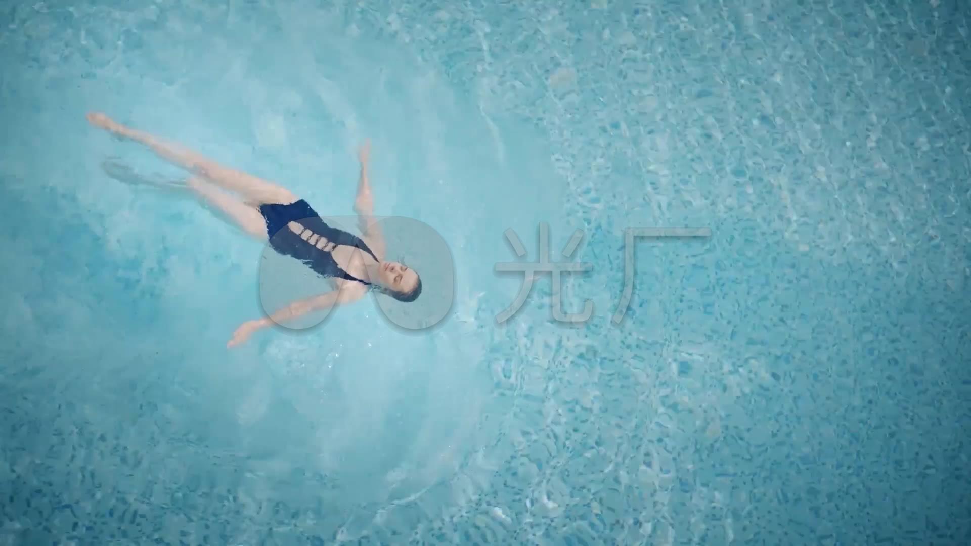 健身游泳最强-性感女郎推琪萌琪性感美女_1920X1080_视频素材高清图片