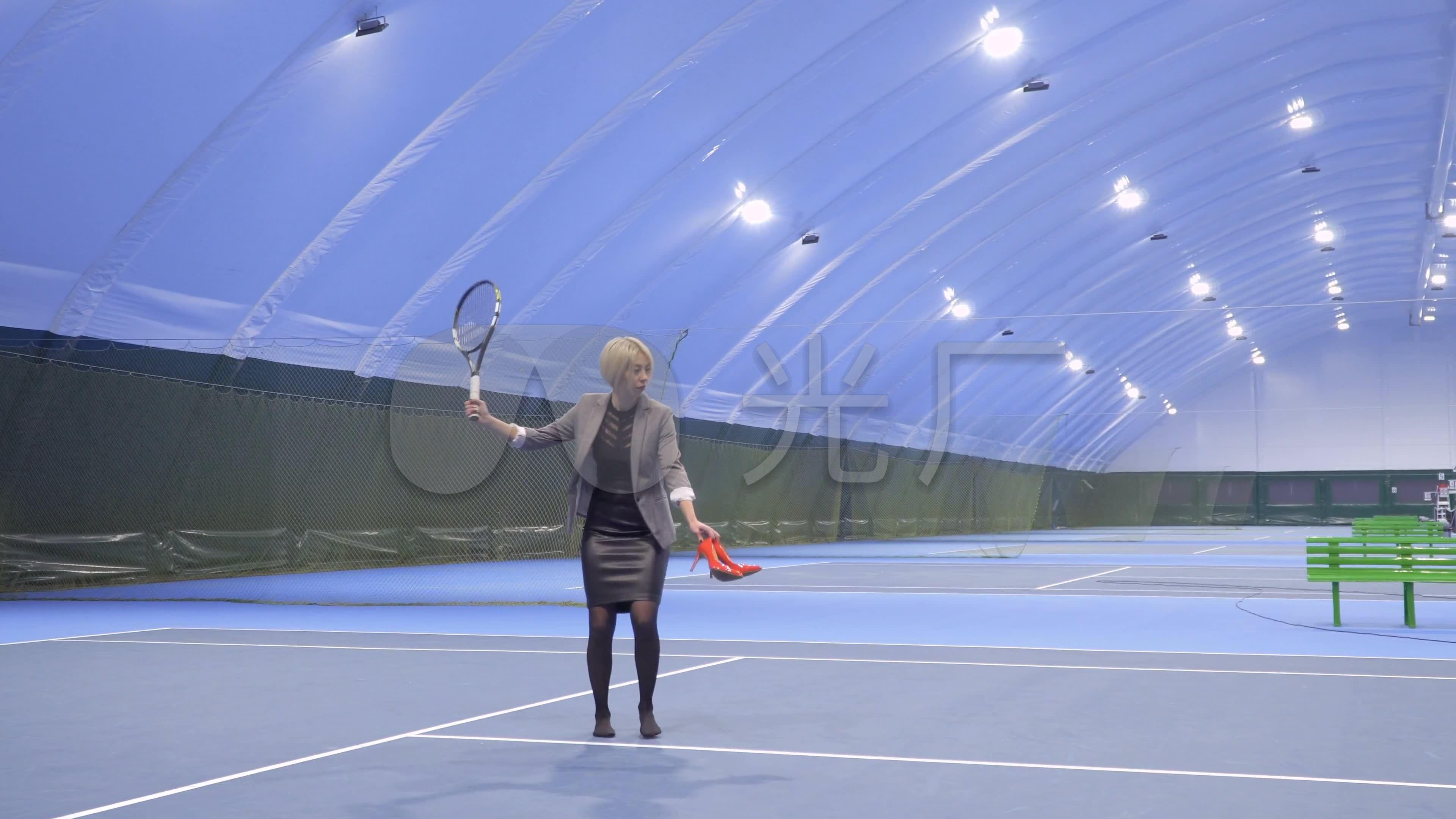 打星光运动装备休闲体育网球_3840X2160_高滨江网球射箭馆图片