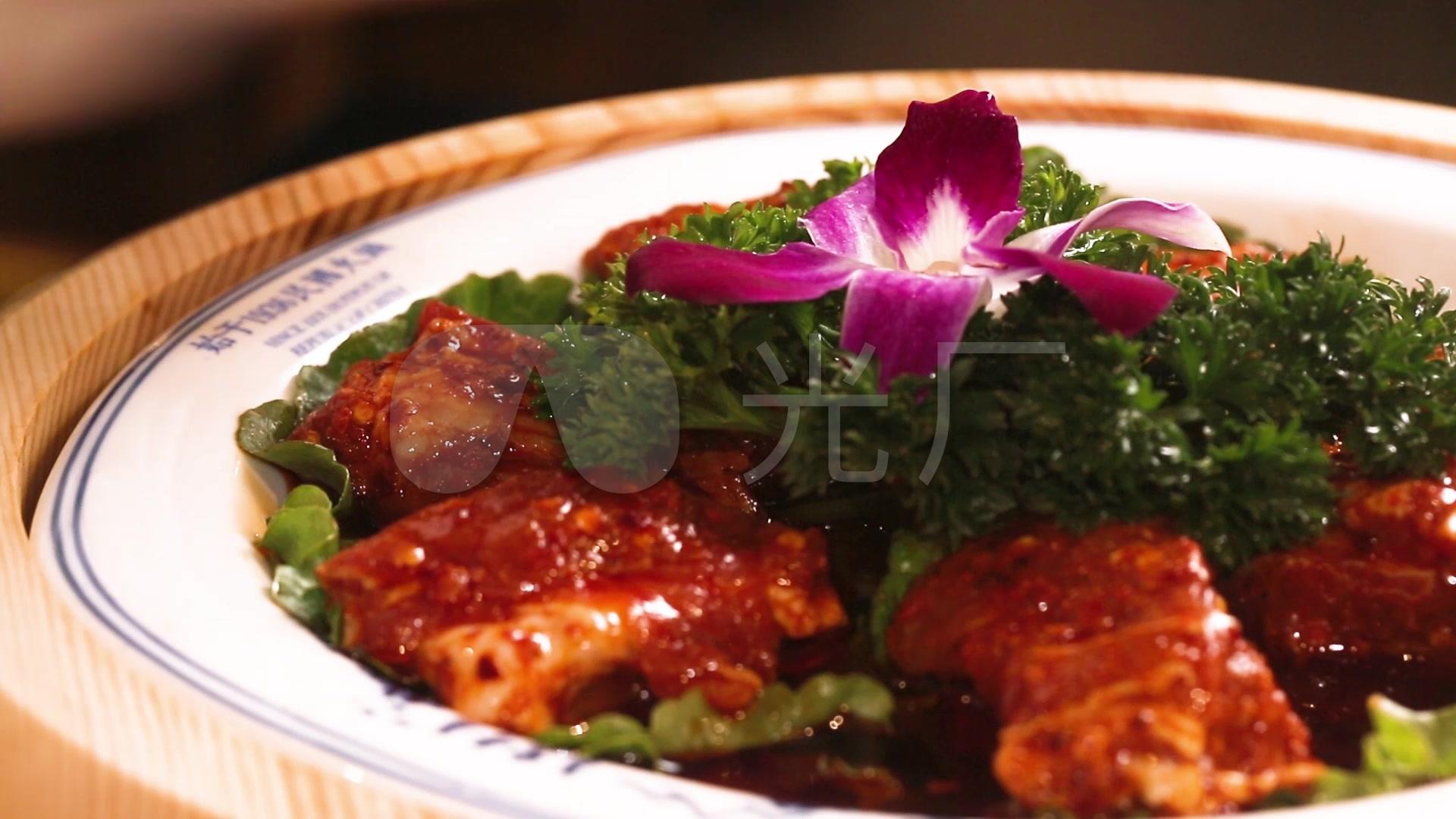 排骨麻辣火锅菜品咸肉辣椒火锅_1920X1080_排骨烧汤酸图片