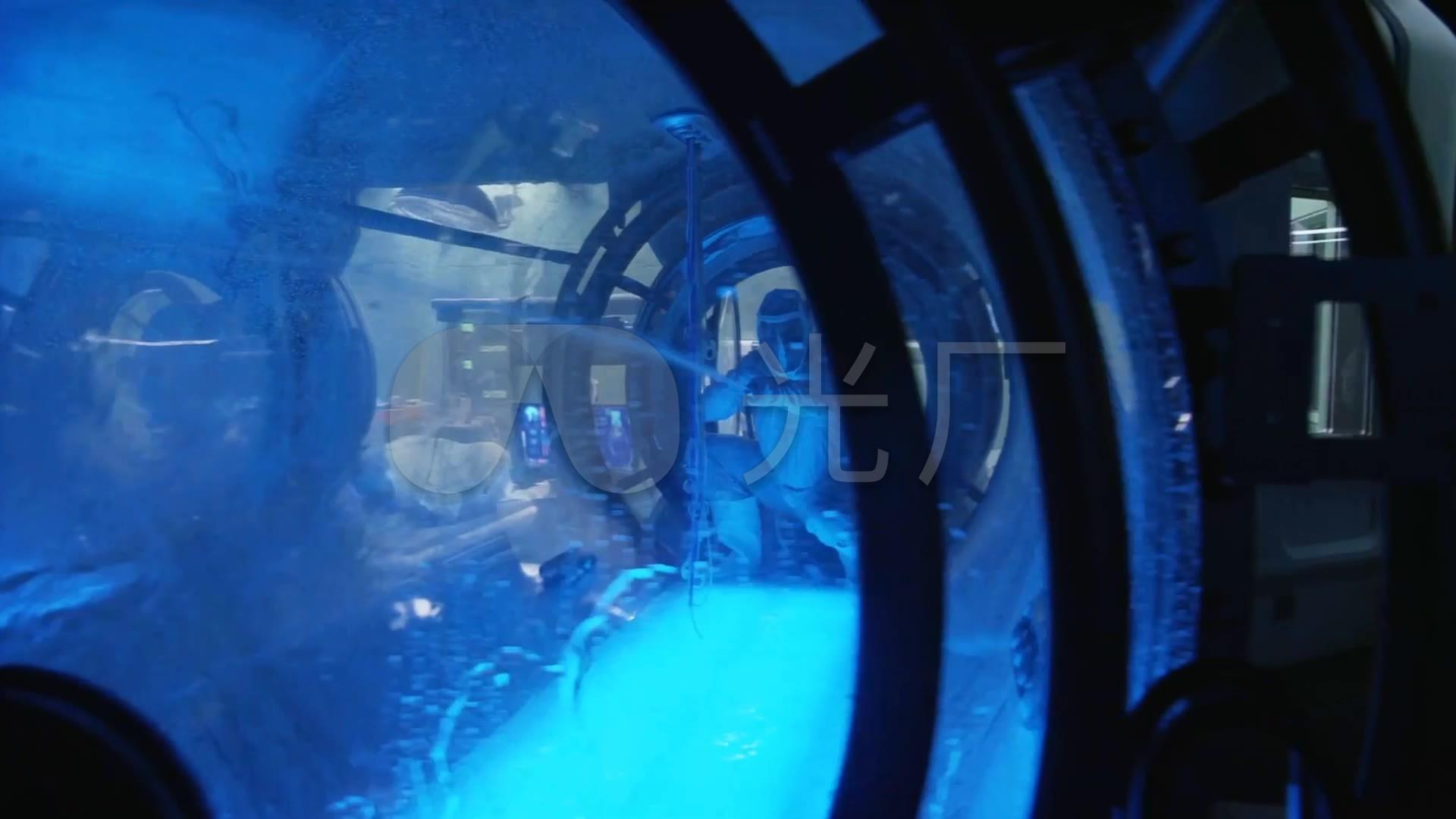 消防员清洗视频玻璃水管图纸_1920X1080_高cad罐子钢结构施工样板图片
