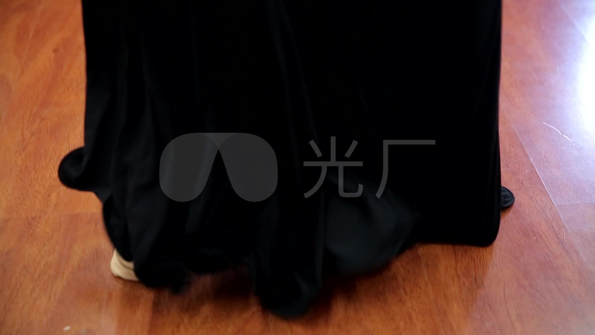 性感舞舞娘排练跳舞腰链性感女_1920X1080_肚皮的最美女图片睡衣吊带图片