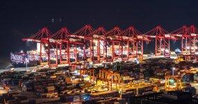 上海洋山集装箱港视频素材