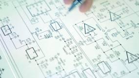 专业维修电子设备分析电路装置视频素材