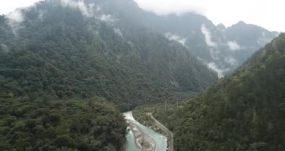 航拍318川藏线过西藏波密县后泊隆藏布江永利官网网址是多少包