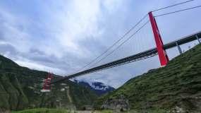 川藏线第一桥(大渡河大桥)4延时视频素材
