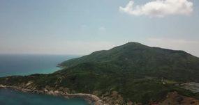 海南铜鼓岭月亮湾湛蓝的海水永利官网网址是多少包