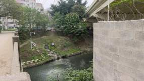 南宁市内河凤凰江排污口视频素材