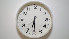 4K一分钟-时钟转动-光影流逝-时间视频素材