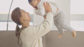 妈妈宝宝的亲昵互动视频素材包