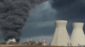 环境污染烟雾破坏环境工厂视频素材视频素材