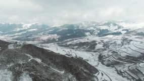 原创实拍大气震撼高原雪山下雪雪景视频素材