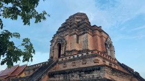泰国清迈契迪龙寺布帕兰寺四面佛实拍视频素材