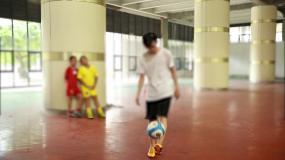 学校技能比赛足球V字上篮慢骑视频素材包