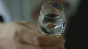 4K【A】白酒窖池酿烤倒酒曲糟高梁五粮谷视频素材