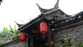 下雨江南古镇夏季骤雨清新竹子绿叶小黄花视频素材