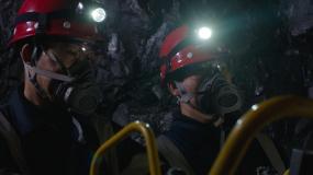 井下铁矿开采视频素材