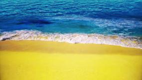 金色沙滩蔚蓝大海视频素材