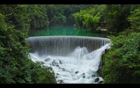 中国瀑布旅游风景区航拍视频素材
