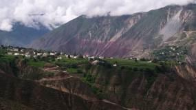 高原藏寨云上村落视频素材