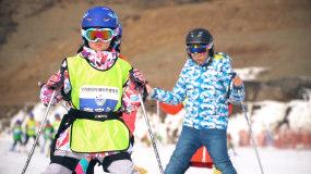少儿滑雪冬令营视频素材