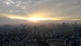 城市地平线金色朝霞日出航拍4K视频素材