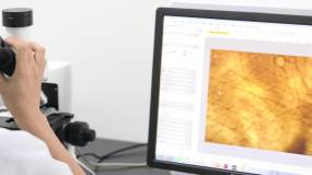 化妆品研发实验室美容护肤品化妆品生产视频素材