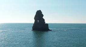 石老人-崂山海岸线-山海房屋崂山视频素材