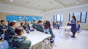 初中生上课陶艺课尤克里里STEAM课视频素材
