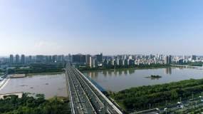 城市大桥及上空俯瞰视频素材