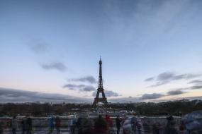 巴黎铁塔日转夜延时1080P视频素材
