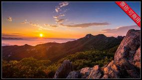 【4K】日出东方太阳冉冉升起翻滚云层视频素材