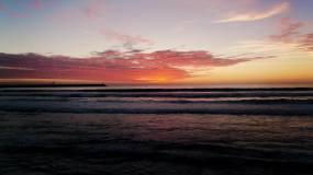 4K夕阳西下火烧云晚霞大海海面视频素材