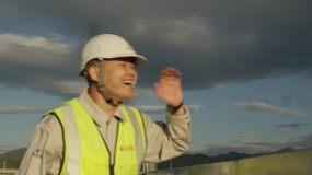 【4K】建筑工人登高望远追梦者中国梦视频素材
