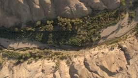 4K高清戈壁无人区跟车航拍素材视频素材