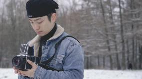 4k冬季摄影师拍摄雪景视频视频素材