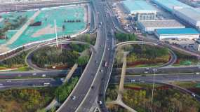 4K航拍青岛瑞昌路立交桥、环湾路、车流视频素材