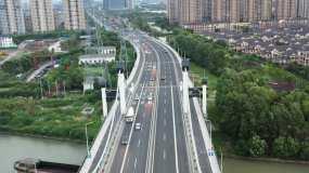 4K航拍南浔大桥、车流、延时视频素材