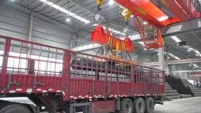 钢铁吊车运输视频素材