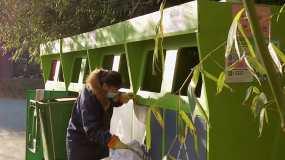 【4K】分类生活垃圾小区投放环境保护视频素材