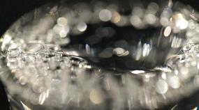 4K白酒-倒酒喝酒-白酒升格慢镜视频素材