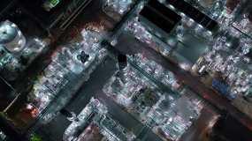 炼油厂工业园区鸟瞰图视频素材