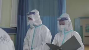 一线医护工作者在抗击疫情病房视频素材