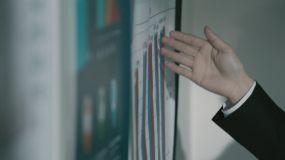 汇报讲解手势指点视频素材