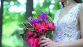 新娘的手捧花视频素材